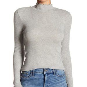 Abound Lettuce Edged Knit Top in Grey Size XXL